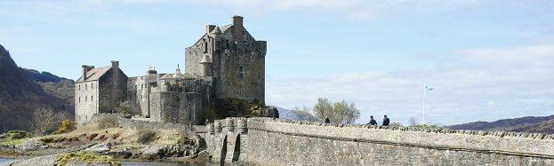 cropped-Eilean-Donan-Castle-2.jpg